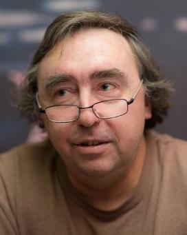 Физик Андрей Ростовцев